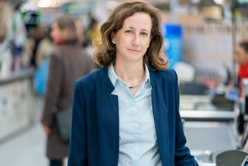 Elodie Perthuisot, Grupa Carrefour